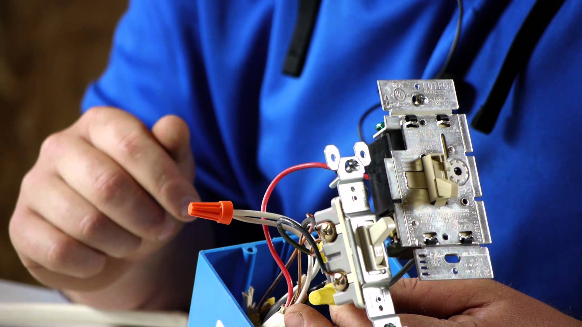how to wire a light switch smartthingsThe Thermostat Electric Box Has The Main Load On A Switch Red Wire #1