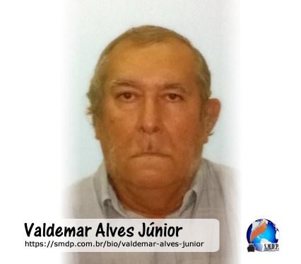 Valdemar Alves Júnior, poeta, participante no projeto Publique-se da SMDP em prol do Café com Poesia. Coleção: Leveza da Alma - Volume 8