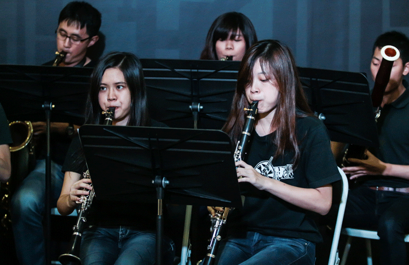 SMU Symphonia treated us to a series of musical performances by their various sections.