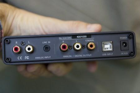 Face arrière du NuForce Icon DAC