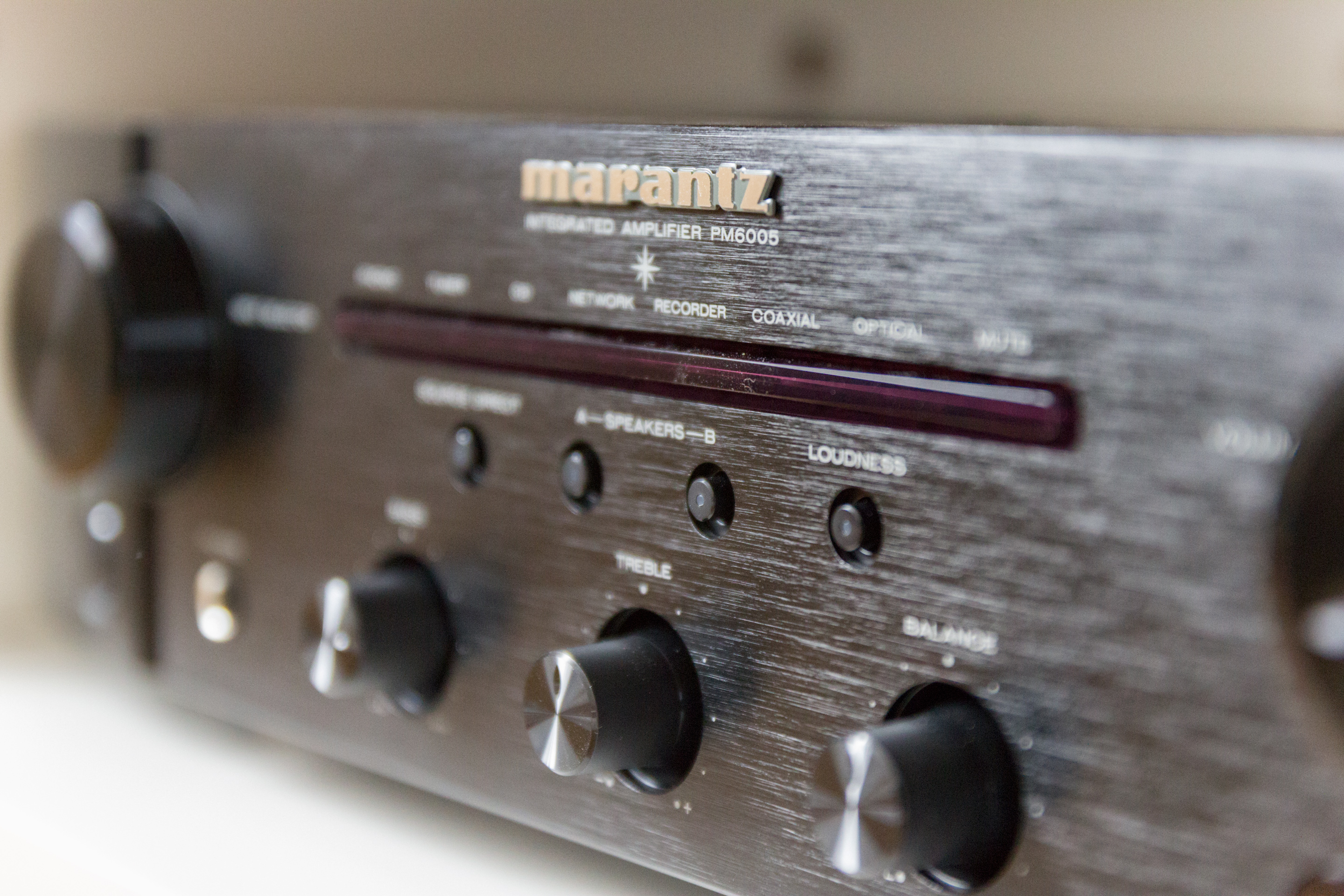 Review Marantz Pm 6005 With Cd Son Vidocom Blog Stage Audio Preamplifier Very Good Performance This Bulky Toric Transformer Is Covered Black Silicone Which Another Sign Of The Special Care Given To Design Model