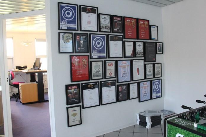 Le palmarès de Dali: toutes les récompenses de la presse internationale
