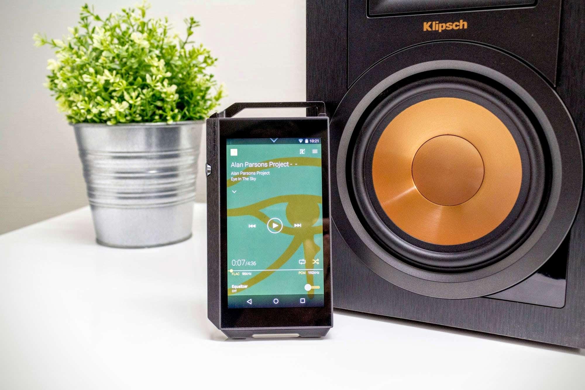 Review: Pioneer XDP-100 & Pioneer SE-MHR5 - Son-Vidéo com: blog