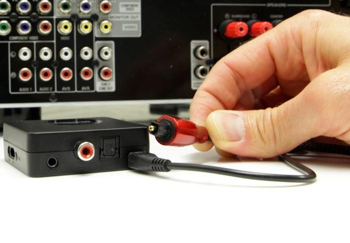 L'émetteur Bluetooth Marmitek BoomBoom 55 peut être relié à la sortie audio optique de n'importe quelle source audio numérique.