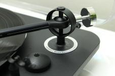 platine-vinyle-elipson-alpha-100-detail-bras-ott