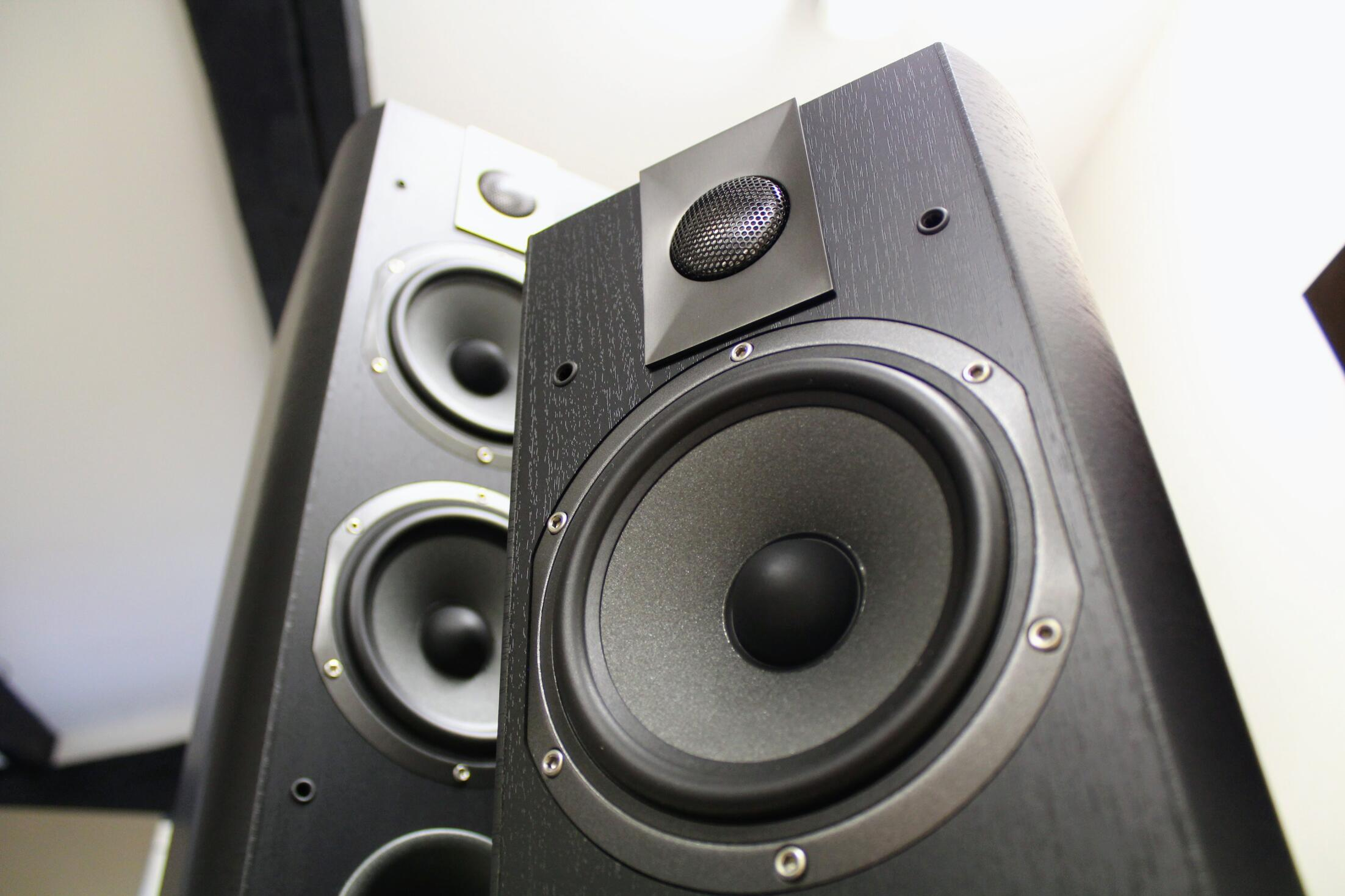 Review: Focal Chorus 605 and Focal Chorus 615 - Son-Vidéo