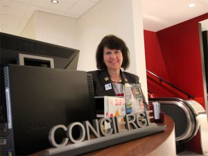 concierge_fran_4061_600
