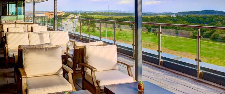 BCA-SH-dining-balcony