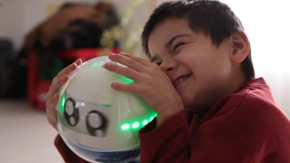 Leka, le robot pour enfants exceptionnels!