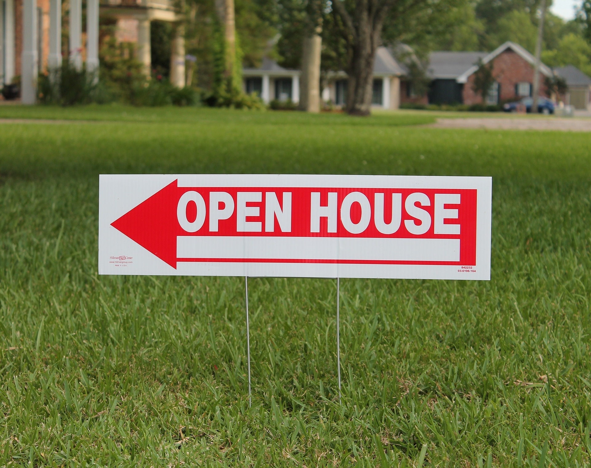 real estate open house lawn sign