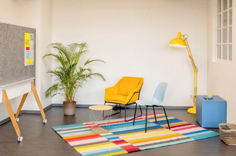 kleiner bunter Raum für kreative Workshops
