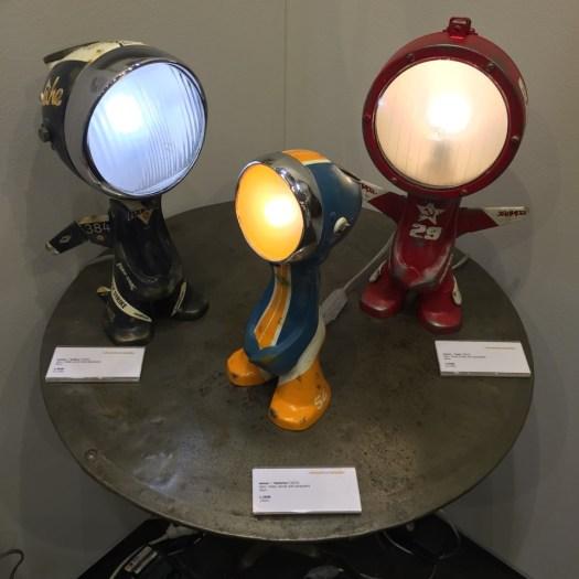 Wir drei Spaßvögel sind nicht nur witzig, wir können auch noch leuchten.
