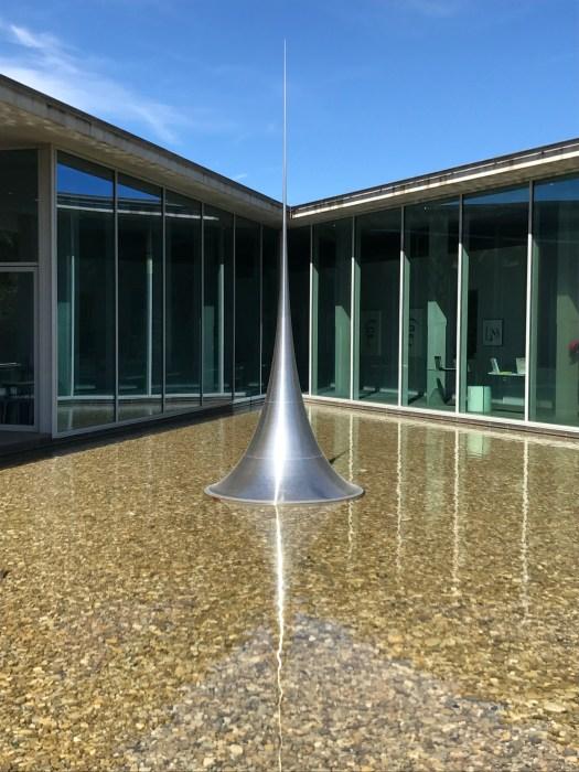 Wasserspiel Skulptur von Hiroshi Sugimoto