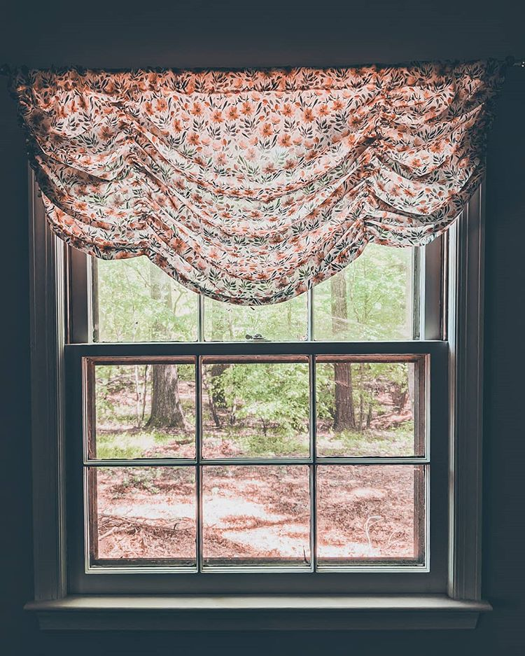 how to make a window valance