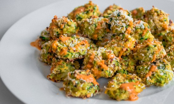 zucchini-tots-with-spicy-emulsified-mct-oil-dipping-sauce