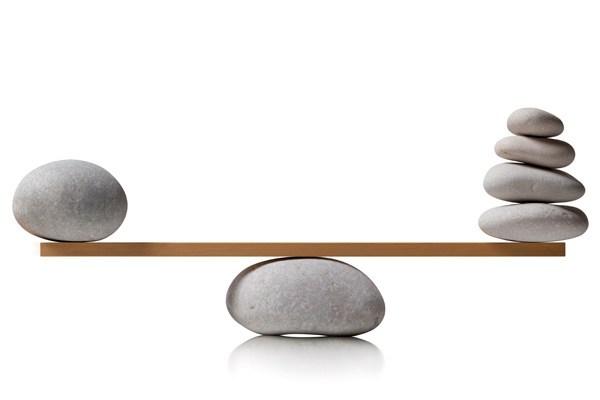waga z kamieniami