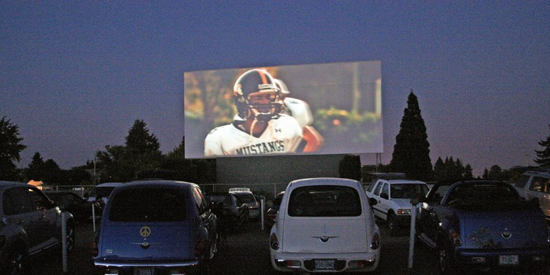 chicago drive in movie thearter
