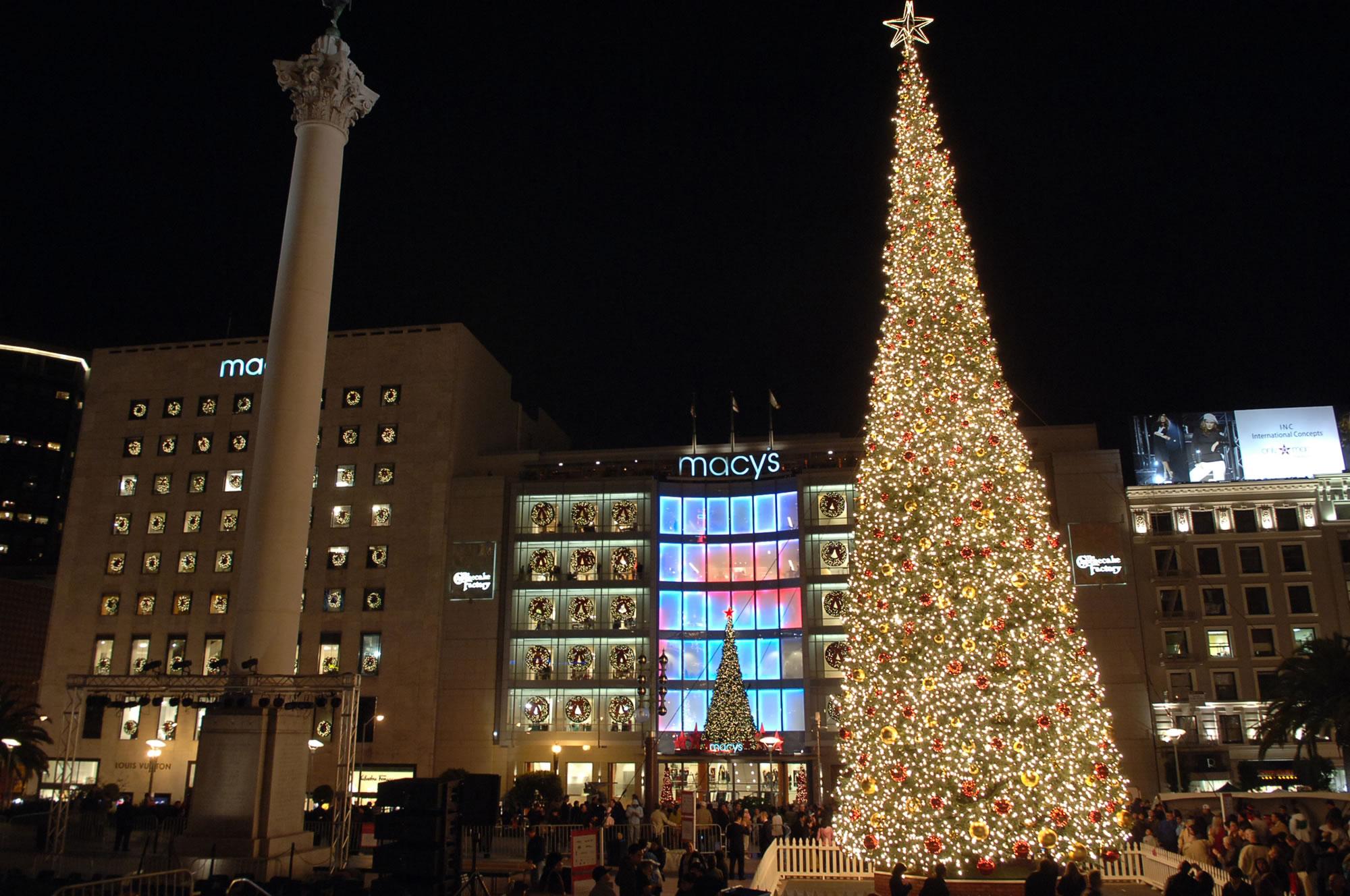Attractive San Francisco Union Square Tree Lighting Ceremony