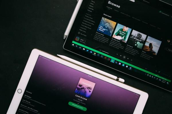 how to create a podcast on spotify
