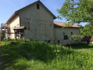 A white barn