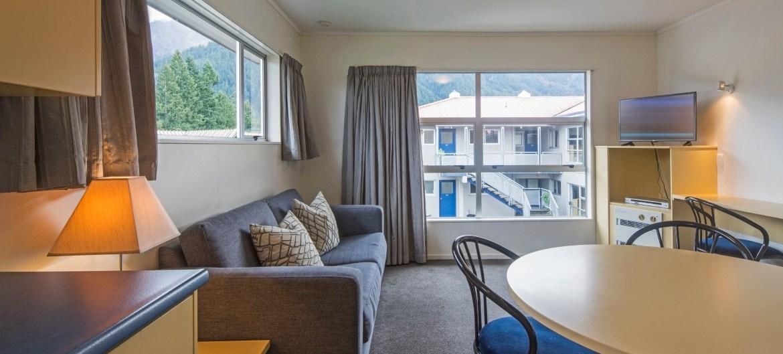 Blue Peaks Apartments - STAAH