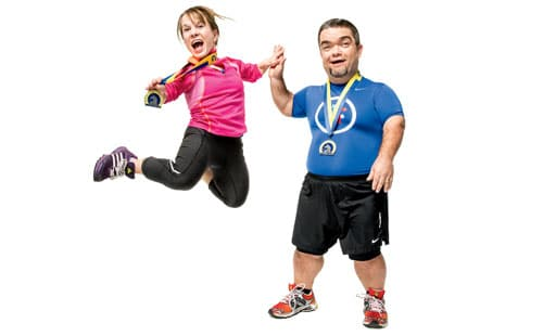 Picture of Juli Windsor and John Young from http://www.runnersworld.com/runners-stories/big-the-story-of-two-little-people-running-boston