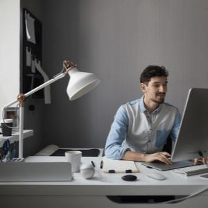 Iluminação em Home Office