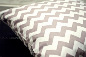 chevron_grey_2