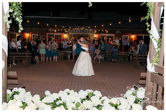 Strathmere Lodge Wedding C+R Stephanie Beach Photography 12