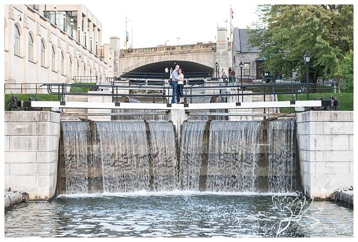Major-hill-park-engagement-session-canal-locks-water-rideau-ottawa-stephanie-beach-photography