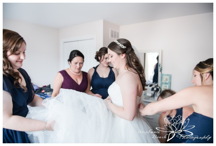 Infinity-Centre-Ottawa-Wedding-Stephanie-Beach-Photography-prep-bride