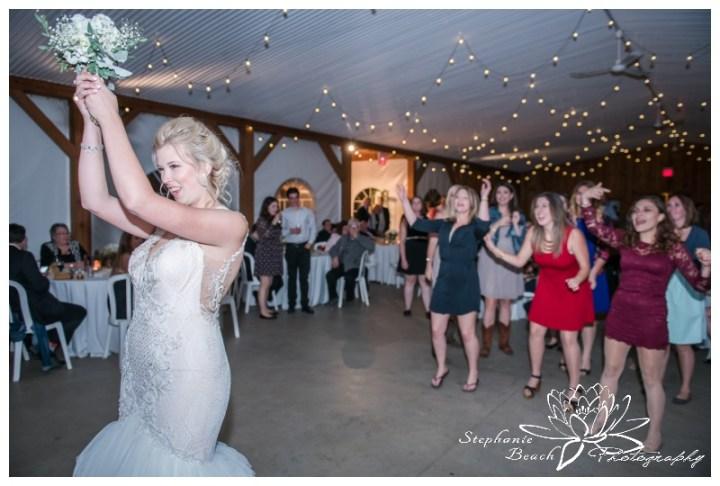 Stanleys-Olde-Maple-Lane-Farm-Wedding-Stephanie-Beach-Photography-bouquet-toss