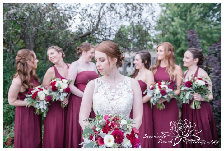Strathmere-Lodge-Wedding-Stephanie-Beach-Photography-bride-bridesmaids-portrait