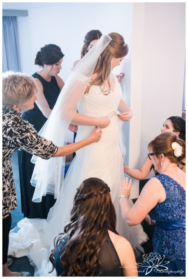 Ottawa-Fall-Wedding-Stephanie-Beach-Photography-prep-bride-dress