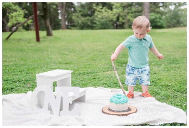 Ottawa-Outdoor-Cake-Smash-Session-Arboretum-Stephanie-Beach-Photography