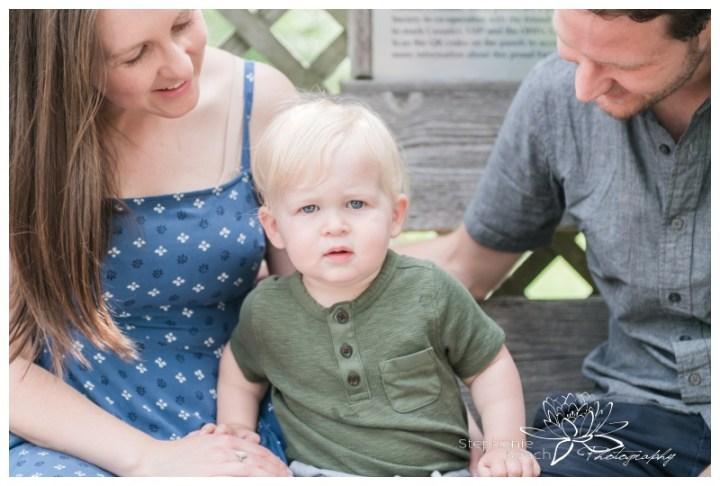 Ottawa-Ornamental-Gardens-Lifestyle-Family-Session-Stephanie-Beach-Photography