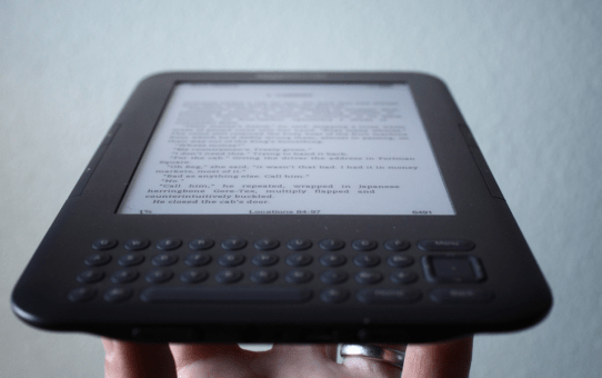 Kindle Paperwhite E-reader – Reads Just Like a Book!
