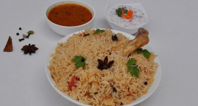 Yelagiri Malli Milagu Chicken Pulao