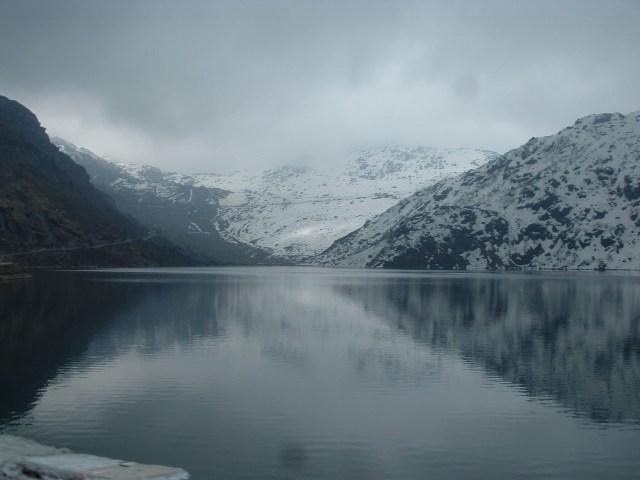 tsomgo-changu-lake-and-nathula-pass-sikkim-gangtok-Images