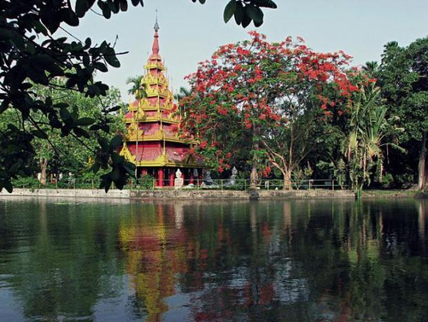 mirasol-lake-garden