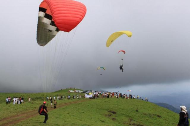 International Paragliding Festival
