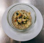 Chia-Hafer-Pudding mit Zimt und Kiwi