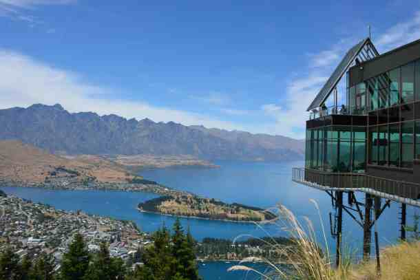 Stray New Zealand - Queenstown and Lake Wakatipu from top of the gondola