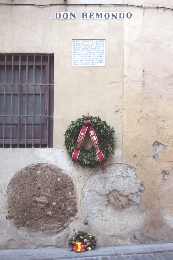 "'Don Remondo' This simple wreath in memory of a loved one reminded me of the city's slogan ""No me ha dejado"" (You have not abandoned me), and I began to truly see the strong bond that exists between Sevilla and its people."
