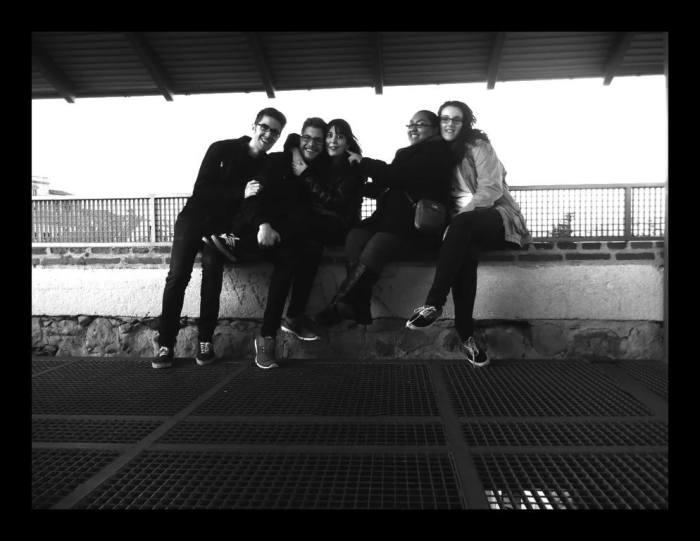 Friends - Salamanca, Spain - Dawson - Photo 1