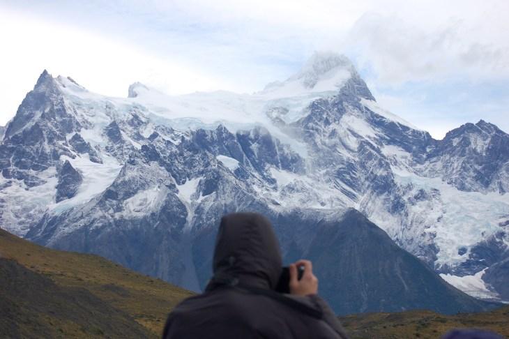 Traveler photographing the Francés glacier