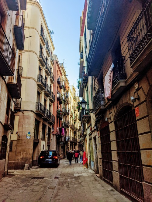 streets in the gothic quarter barcelona