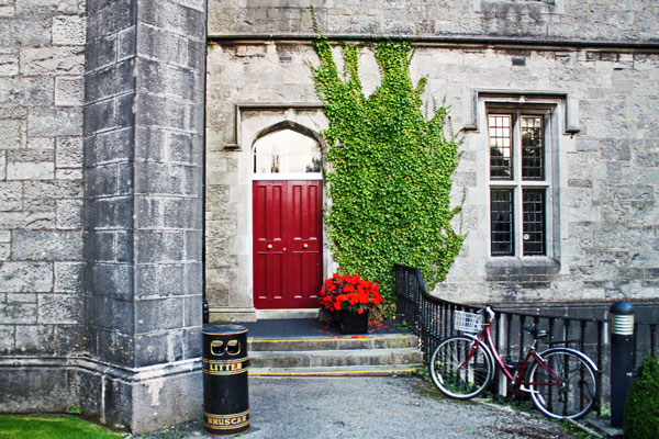 ireland.galway.fall2013.tales_of_the_city.university_life.kaila_kaltrider