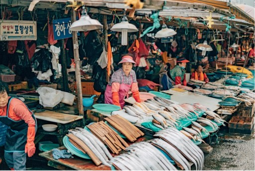 Woman in market, Nampo district