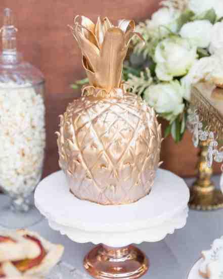 Cake: Sugar Lab Bakeshop